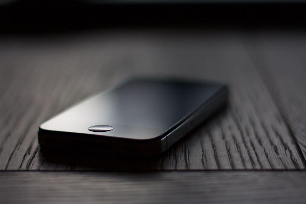 iPhone 9 iOS